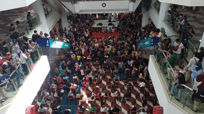 Vaksin di Mega Mall Sebabkan Kerumunan, Dinkes Batam Tunda Vaksin di Kepri Mall