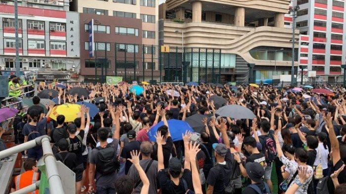 Demo Hong Kong Kembali Damai, Ribuan Guru Ikut Bergabung Protes Pemerintah