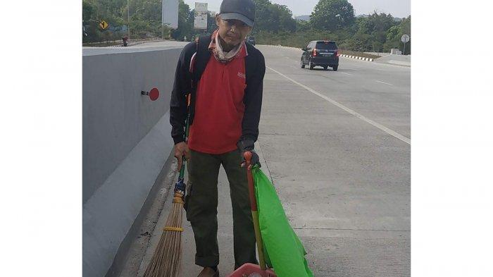 Merdeka Ala Suparno, Petugas Kebersihan di Batam: Jika Kota Bersih Berarti Merdeka dari Sampah