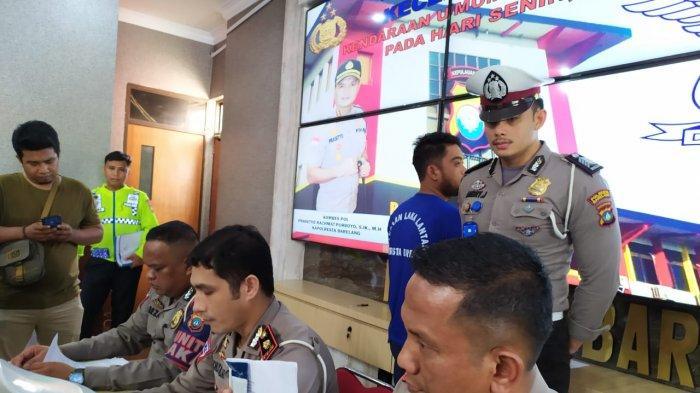 BREAKING NEWS - Polresta Barelang Gelar Ekspose Kecelakaan Maut di Bukit Daeng Batam