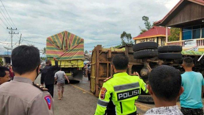 Ilustrasi Kecelakaan maut antara truk dengan 5 sepeda motor sebabkan satu orang tewas, Rabu (17/3/2021) sore
