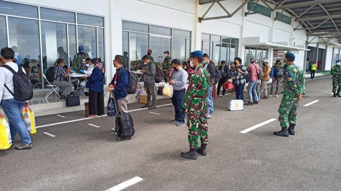 Larangan Mudik Berakhir, Danlanud Perketat Prokes di Bandara Raden Sadjad Natuna