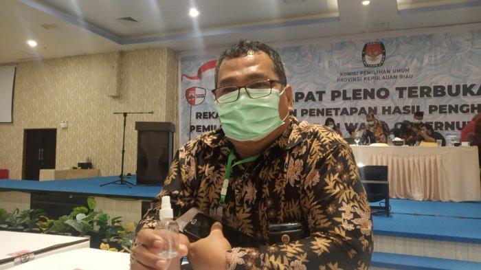 Komisioner KPU Kepri, Arison