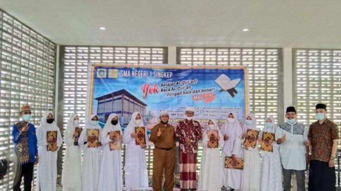 Serius Bekali Siswanya Ilmu Agama, Sejumlah Siswa SMAN 1 Singkep Berhasil Jadi Penghafal Al Quran