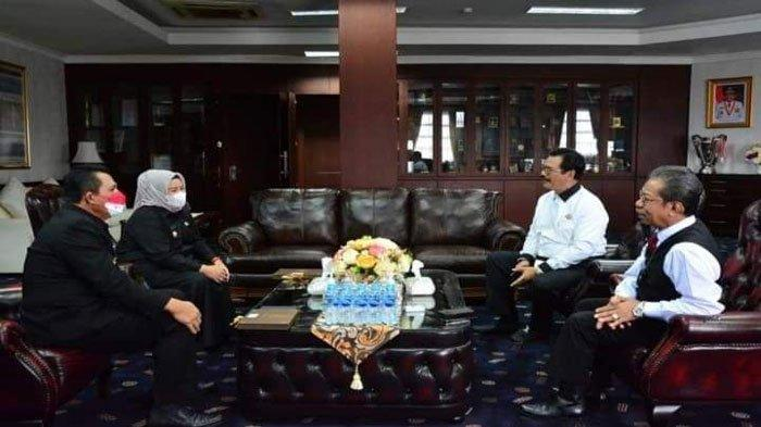 Momen Soerya Respationo Silaturahmi dengan Gubernur Kepri Ansar Ahmad dan Wagub Marlin