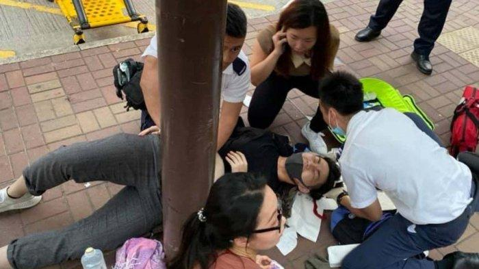 Remaja 19 Tahun Ditusuk Dekat Lennon Wall Stasiun, Ribuan Demonstran Hong Kong Langsung Bergerak