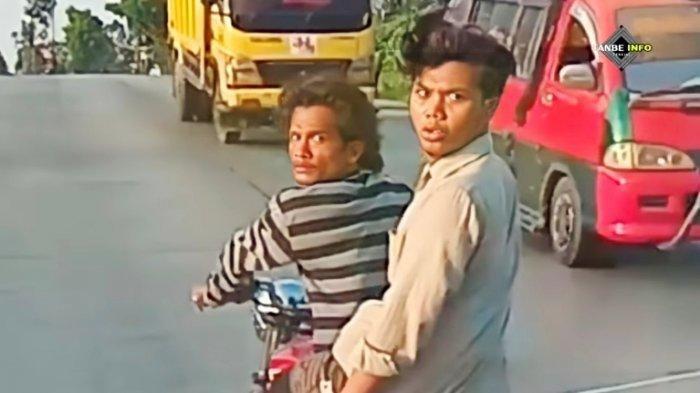 Dua orang preman kampung terekam kamera melakukan aksi pungli kepada pengguna jalan