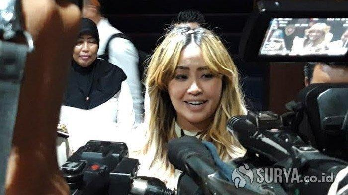Pinkan Mambo Diperiksa 5 Jam Soal MeMiles, Si 'Syantik' Siti Badriah Bakal Menyusul?