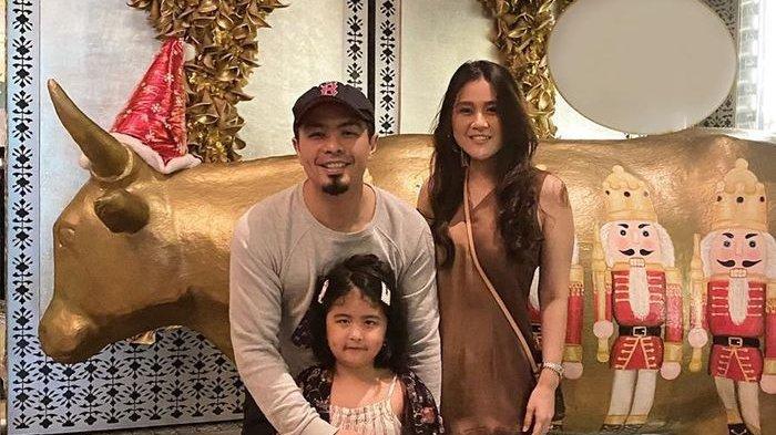 Bams Eks Samson bersama keluarganya