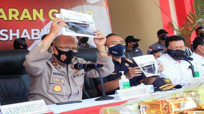 Polisi Buru Pemilik Kapal Mewah Pembawa 107 Kg Sabu-sabu di Batam