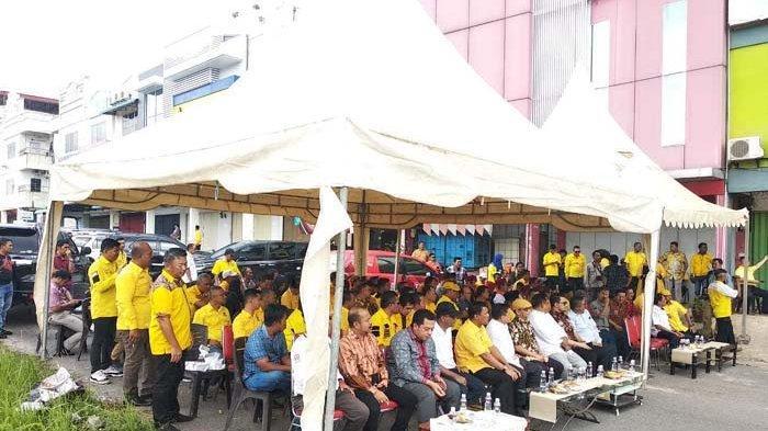Perayaan HUT Golkar di Batam, Lukita Dinarsyah Tuwo Cawako dari PDIP Hadir