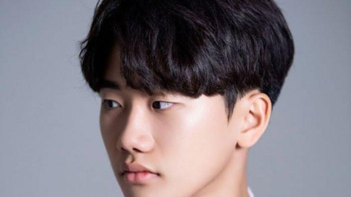 Profil Ahn Ji Ho Pemeran J Hope BTS Dalam Drama BTS Universe Youth, Main di Film Along With The Gods