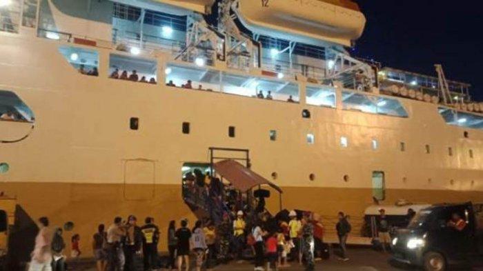 H-6 Arus Mudik Natal 2019, KM Kelud Berangkatkan 1.840 Penumpang dari Batam