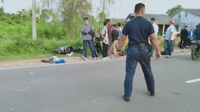 BREAKING NEWS - Kecelakaan di Jalan Lintas Barat Bintan, Korban Dilarikan ke Rumah Sakit