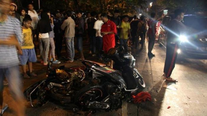 Kecelakaan Maut Suzuki Satria Tabrak Sedan, Pelajar SMP Tewas di Tempat