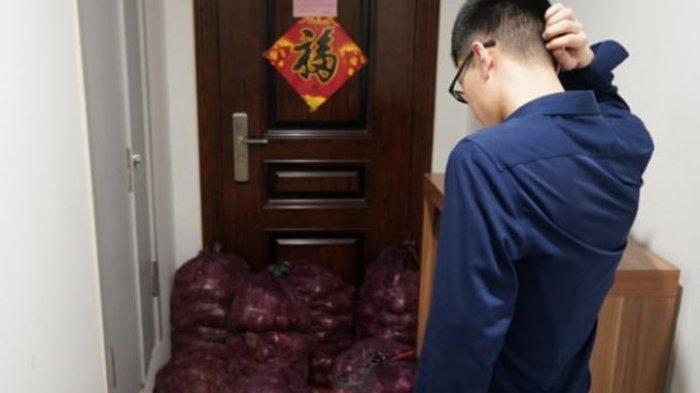 Balas Dendam Diselingkuhi, Seorang Wanita Kirim 1 Ton Bawang ke Mantan Pacar agar Menangis