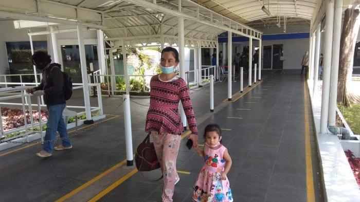 Alami Demam, Bayi PMI dari Malaysia Dirujuk ke RSUD Embung Fatimah Batam