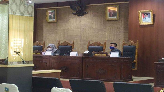Bupati Abdul Haris Tak di Tempat, Rapat Paripurna di DPRD Anambas Terpaksa Ditunda
