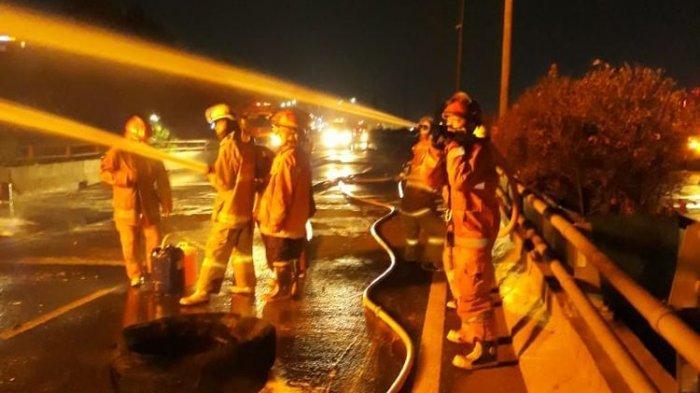 Angkut 32.000 Liter Bahan Bakar, Truk Pertamina Terbakar dalam Tabrakandengan Toyota Calya