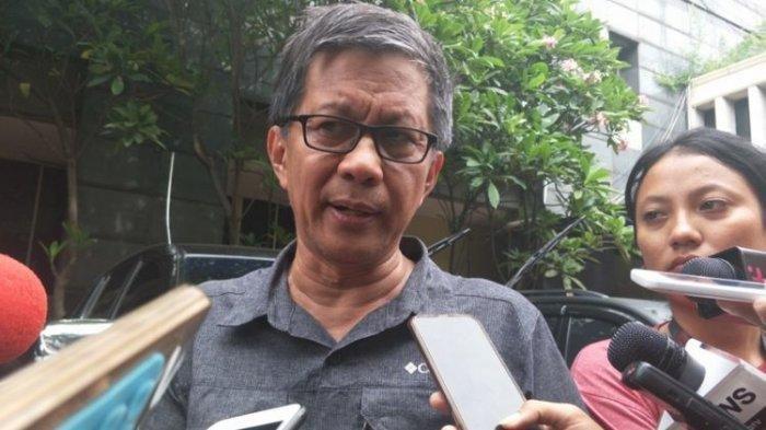 Rocky Gerung Ngaku Amati Bahasa Tubuh Jokowi saat Tanggapi Kasus Rizieq, Begini Analisanya