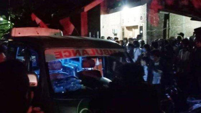 Driver Taksi Online Bersama Istri dan 2 Anaknya Ditemukan Tewas di Rumah, Diduga Korban Pembunuhan