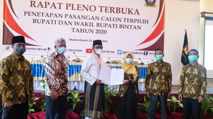 Sah, KPU Bintan Tetapkan Apri Sujadi-Roby Kurniawan Jadi Bupati dan Wakil Bupati Terpilih