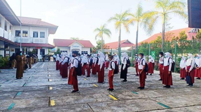 Sebanyak 122 sekolah SD di Batam sudah mulai belajar tatap muka di sekolah, hari ini, Senin (22/3/2021).