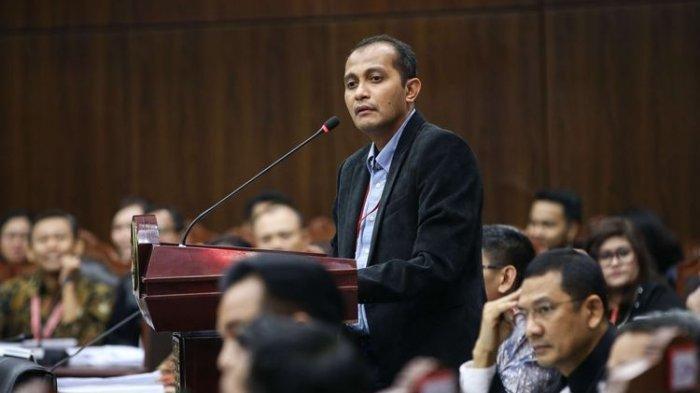 Sosok Edward Omar Sharif Hiariej, Doktor Hukum Termuda yang Buat BW Mencak-mencak di Sidang MK