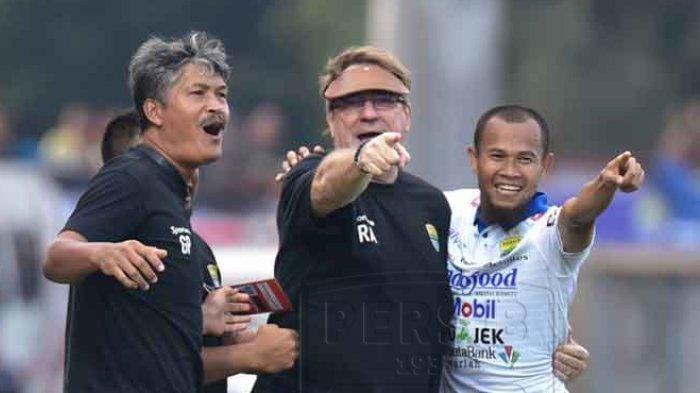 Persib Bandung Menang vs PSIS, Tapi Dapat 5 Kartu Kuning, Ini Reaksi Pelatih Robert Rene Albert