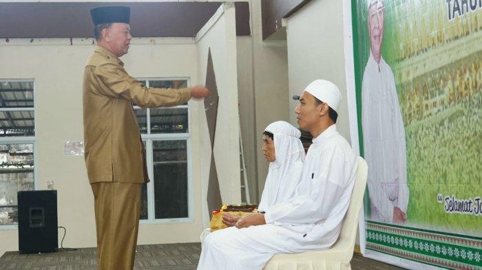 Syahrul Ingatkan JCH Asal Tanjungpinang Agar Jaga Kesehatan Fisik dan Sabar Hadapi Cobaan
