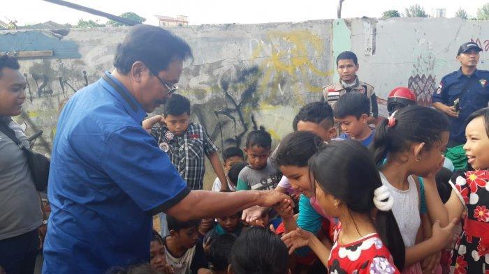 Pemprov Kepri Berikan Fasilitas MCK Buat Korban Kebakaran di Baloi Persero