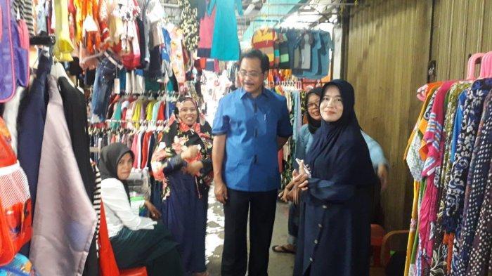 Gubernur Kepri Kunjungi Pasar Sri Karimun. Nurdin Basirun Beri Pesan Khusus ke Manajemen Pasar
