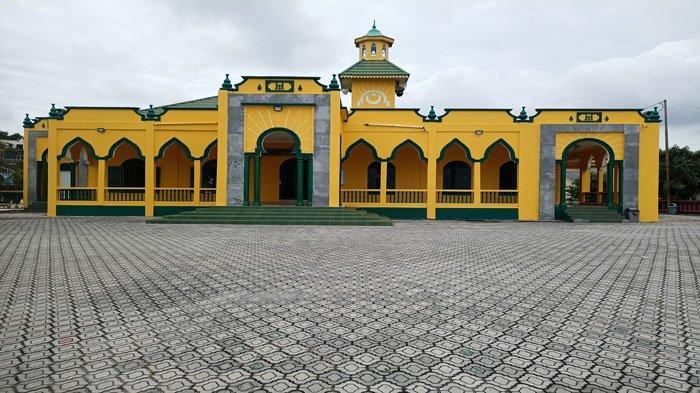 Mengenal Lebih Dekat Masjid Al Mubaraq, Masjid Tertua di Karimun dan Sejarahnya