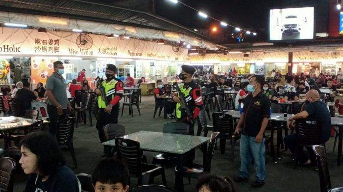 Polresta Barelang dan Jajaran Polsek  melaksanakan Patroli Cipta Kondisi mengantisipasi tindak kriminalitas dan himbauan Prokes pada malam hari, Sabtu (23/01/2021)