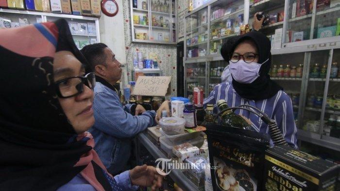 Curhat Pegawai Apotek Berjuang di Tengah Pandemi Virus Corona: Bantu Saya Selesaikan Tugas Ini