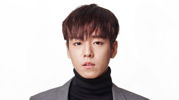 Lee Hyun Woo Dikonfirmasi Adu Akting Dengan IU Dan Park Seo Joon Dalam Film Baru