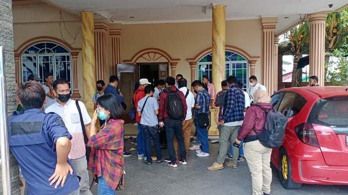 Suasana di lokasi rumah kerabat di Tanjung Sengkuang Kecamatan Batu Ampar Batam.