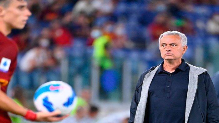 Berita AS Roma - Jose Mourinho Berhasil Bakar Semangat Pemain, Tammy Abraham Menatap Lazio