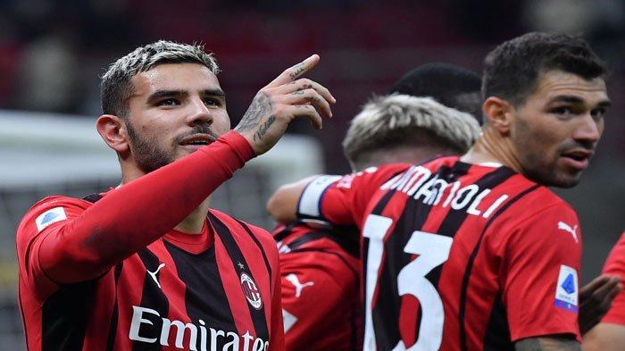 Berita AC Milan - Stefano Pioli Susun Strategi Lawan Spezia, Theo Hernandez Digoda PSG