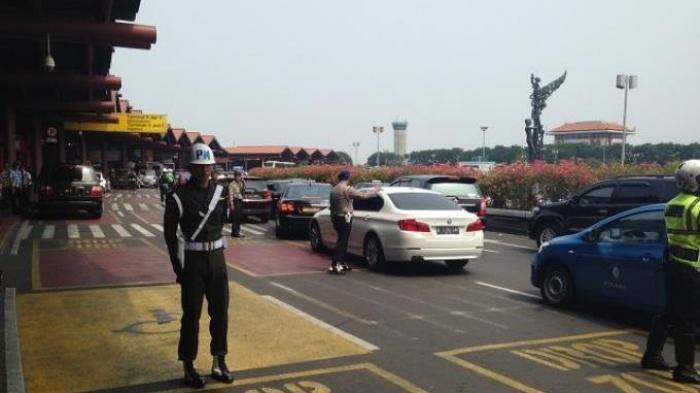 Kronologi Mobil Camry Tabrak Motor Polisi dan 3 Mobil Dinas Kementerian di Bandara Soekarno Hatta