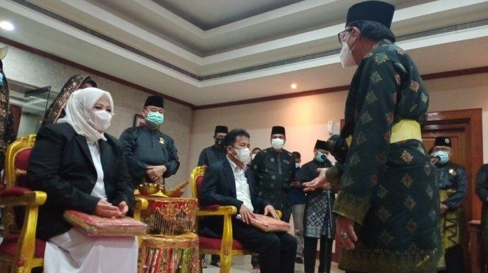Wakil Gubernur Kepri Marlin Agustina Tiba di Batam, Disambut Tepuk Tepung Tawar, Ansar?