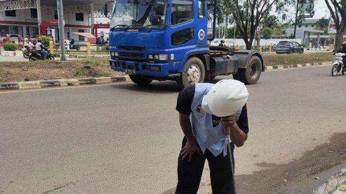 SPAM Batam terus berupaya untuk memaksimalkan layanan suplai air bersih kepada pelanggan. Termasuk rutin melakukan deteksi kebocoran.
