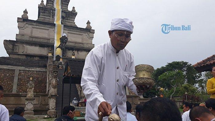 Pura Agung Amerta Bhuana Batam Punya Padmasana Tertinggi di Indonesia