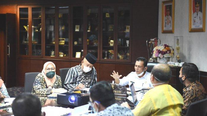 Ansar Ahmad Evaluasi Pelaksanaan Vaksinasi Corona di Kepri, Minta Dinkes Lakukan Hal Ini