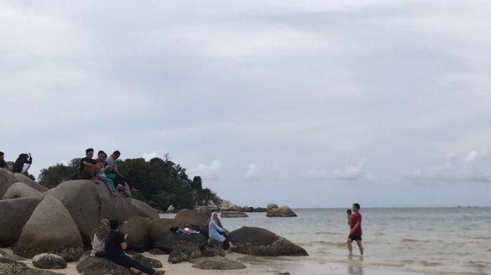 Pantai Trikora 3 di Bintan Dipadati Pengunjung, Libur Hari Raya Waisak