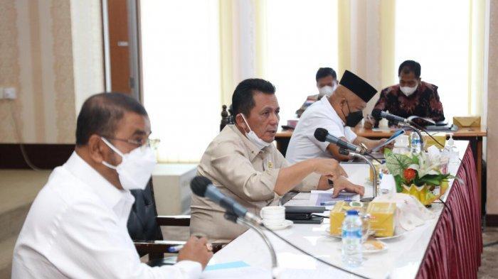 Kejar Target, Gubernur Kepri Pimpin Rakor Pengembangan Bandara RHA Karimun