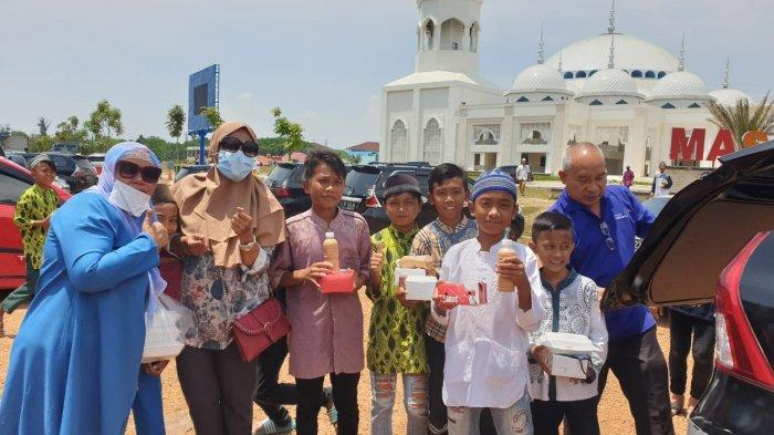 Kisah Bos Agen Travel di Batam Bagi-bagi Rezeki 'Teh Tarik' di Tengah Pandemi Covid19