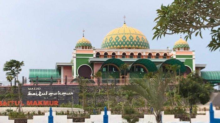 Sejarah Masjid Raya Baitul Makmur, Terbesar di Bintan, Adakan Bukber Tiap Hari