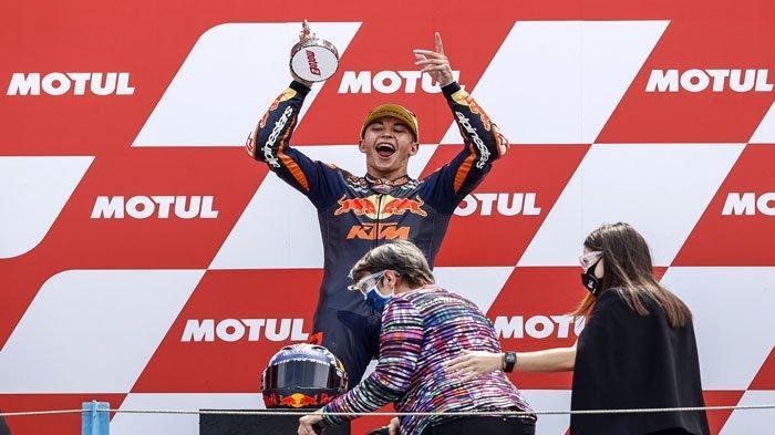 Raul Fernandez Juara Moto2 Belanda