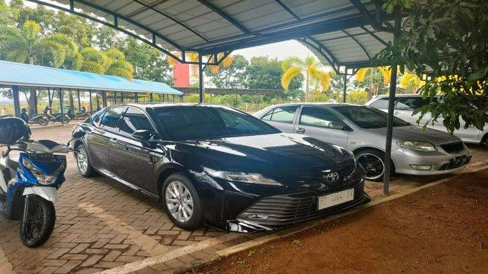Pimpinan DPRD Tanjungpinang Dapat Mobil Dinas Baru Toyota Camry, Begini Potretnya